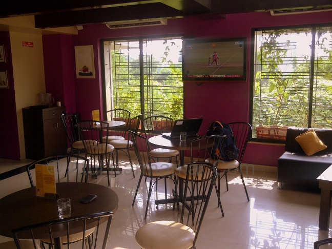 Cafe Linger On Pune