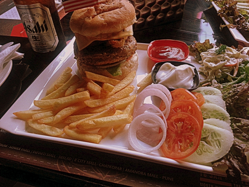 Manchester United Cafe Bar - American Burger