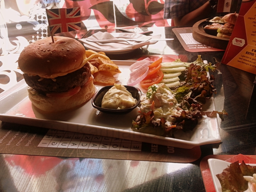 Manchester United Cafe Bar - English Burger